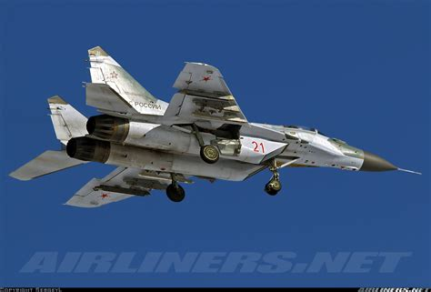 mikoyan mig 19 russian aircraft books photos mikoyan gurevich mig 29smt 9 19 aircraft