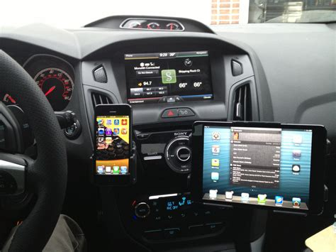 Ipad Mini Halterung Auto by Iphone And Ipad Mini Mount Setup From One Of Our Awesome