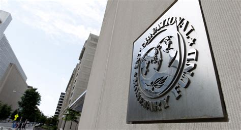 banche russe in italia gli analisti fmi potrebbe costringere kiev a togliere le