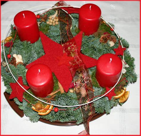 4 Bilder 1 Wort Adventskranz by Der Ursprung Adventszeit Und Adventskranz