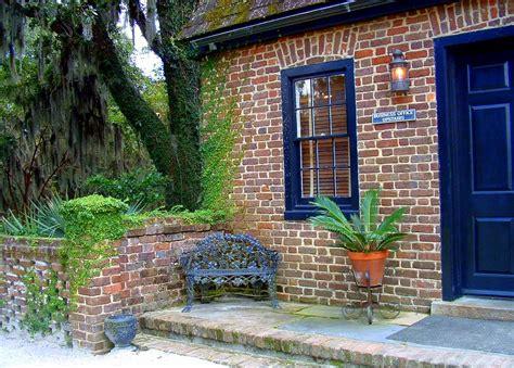 of south carolina colors charleston green paint color charleston style gardens