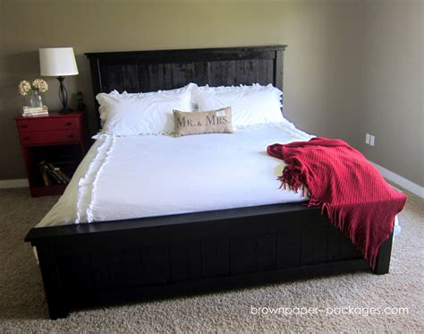 make beds pallet brown paper packages wood pallet bed