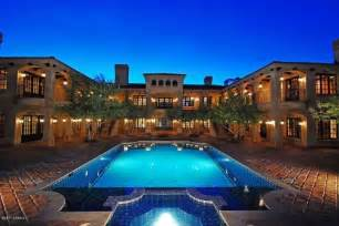 coolhouses google search mansions pinterest 25 best ideas about modern castle on pinterest modern