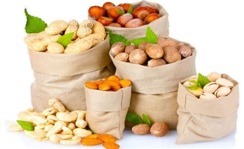 eating nuts before bed 5 worst foods you should not eat late at night style presso