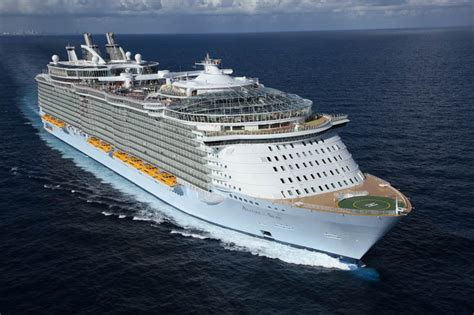 largest cruise ships the world s largest cruise ship allure of the seas