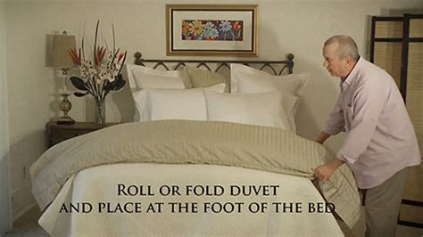 end of bed coverlet how to make your luxury bed with a coverlet or matelass 233