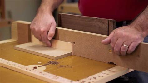 dovetail joinery   router youtube