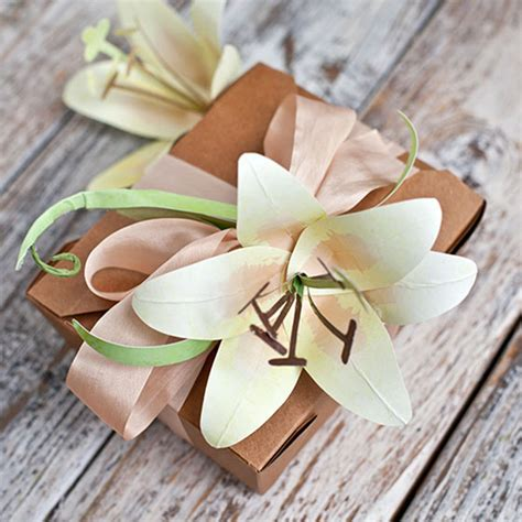 How To Make Paper Easter Lilies - diy paper poinsettia