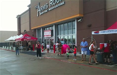 arms room league city tx opening in the league city circuit city the arms room gun store stretches out swlot