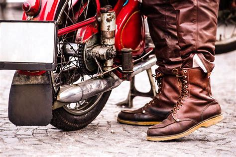 best motorcycle footwear best motorcycle boots reviews for riders 2017 motormanner