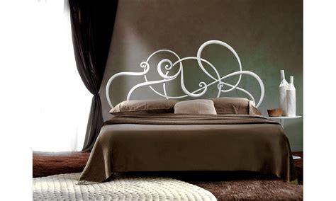 da letto con letto in ferro battuto letto ferro battuto letto in ferro battuto con