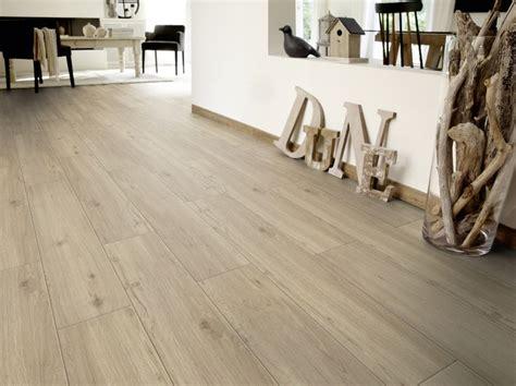 pavimenti soggiorno pi 249 di 25 fantastiche idee su pavimenti soggiorno su