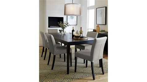 mesa comedor madera oscura diseno muebles