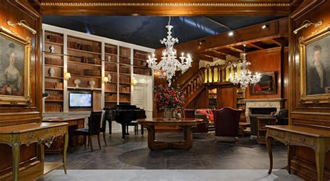 libreria clu torino boiseries progettazione boiserie su misura dal 1915