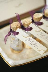 Diy Wedding Favors For Guests by 21 Diy Winter Wedding Favors For Guests To Cozy Up To