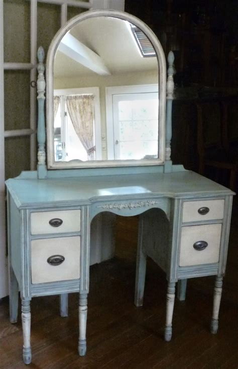 Antique Vanity Table For Antique Vanity Dressing Table With Mirror