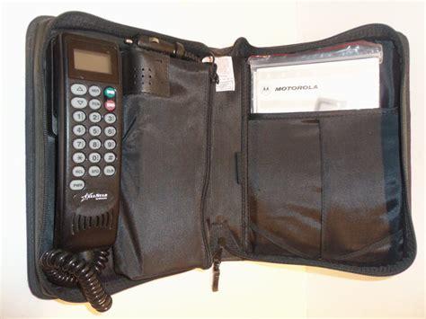 vintage motorola cell car mobile brick bag phone w manual antenna works