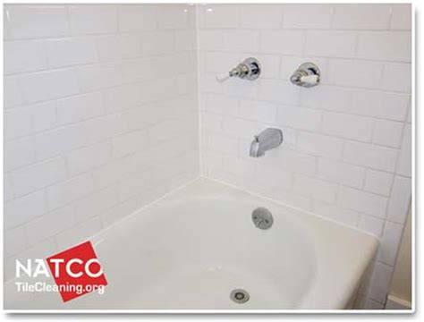 how to clean old bathtub stains how to clean soap scum and stains in a bathtub