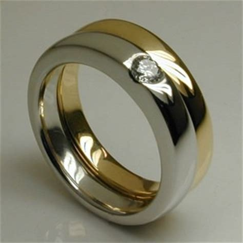 Bespoke Curved Air Engagement & Wedding Ring Set