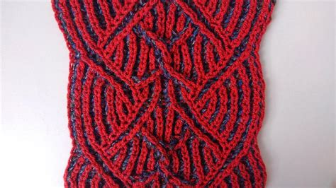 center cable two color brioche stitch knitting pattern