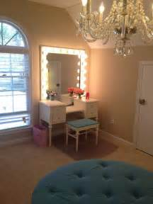 Decorating Ideas For Small Dressing Room 17 Best Ideas About Dressing Table Lights On