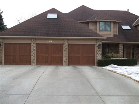 Fix Garage Door by Getting The Best Repair Services For Your Broken Garage Door