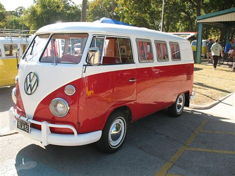 volkswagen minibus side view red and white vw bus 11 window kombi in fort worth tx