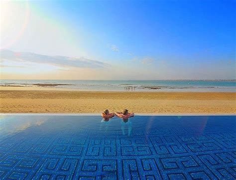 hanging infinity pools in bali hanging infinity pools in bali free villas in bali with