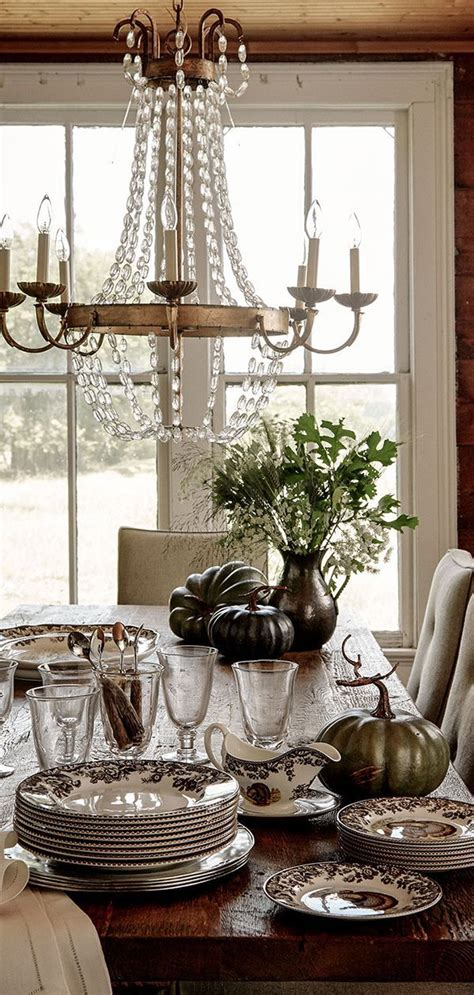chandeliers  images dining room decor country