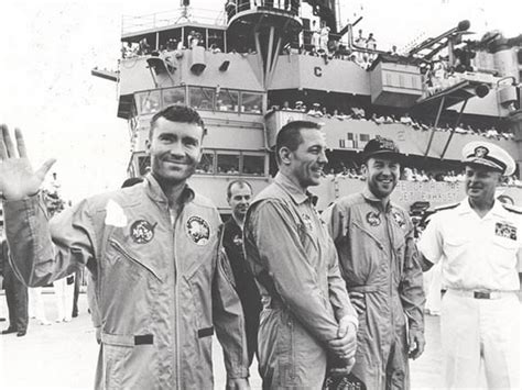 apollo13crewlg jpg