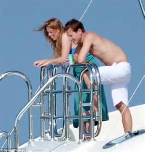 who is princess laurens boyfriend2014 princess beatrice wears 163 15 bikini from life s a beach