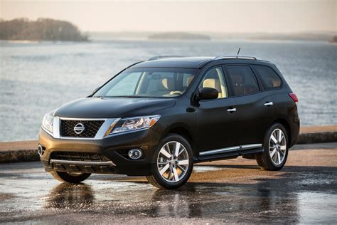 nissan pathfinder 2016 black 2016 nissan pathfinder overview the wheel
