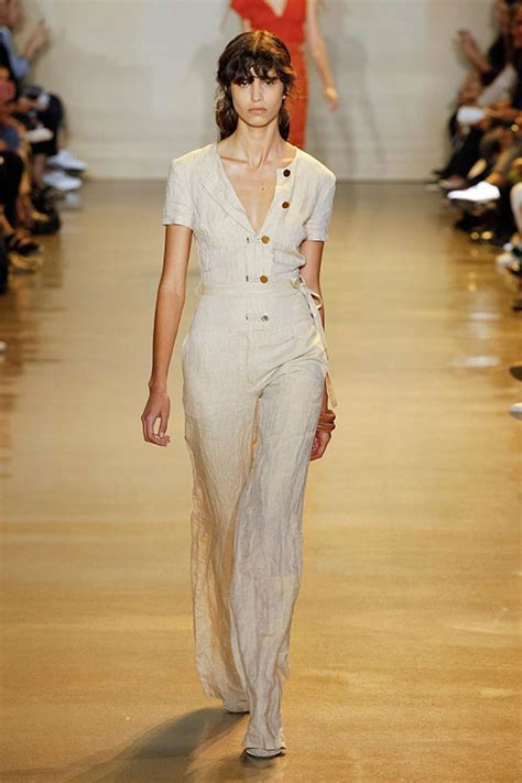 10 Fashion Trends by The Top Ten Fashion Trends At New York Fashion Week