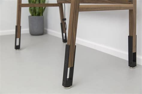 Standing Desk Legs by Modern Desk Designs For Functional And Enjoyable Office Spaces