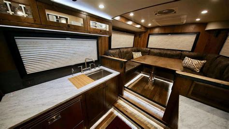 ford earthroamer interior earthroamer xv hd is a motorhome on ford f750 truck