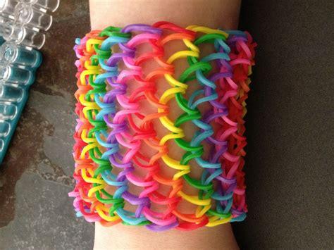 20 Rainbow Loom Ideas That Rock!   Hobbycraft Blog