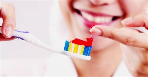 menghilangkan jerawat  pasta gigi  benar