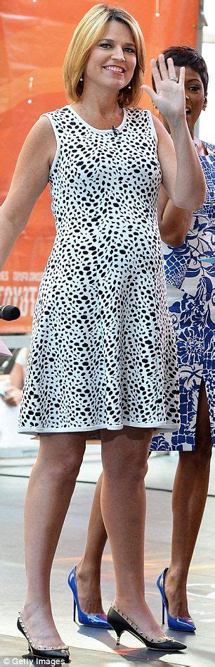 savannah guthrie legs savannah guthrie heading on maternity leave 17 images about news ladies on pinterest today show