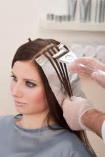 how to fade highlights in hair brown hairs como realizar mechas con aluminio bella en casa