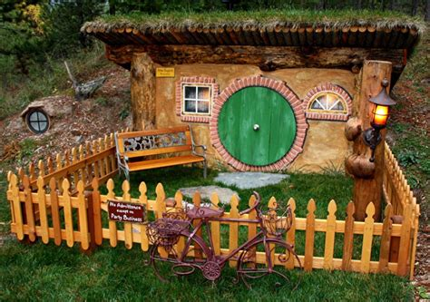 hobbit house pictures shire inspired 19 hobbit homes worthy of bag end