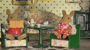 dolls house characters downton abbey dolls house students recreate show with cast of miniature creatures