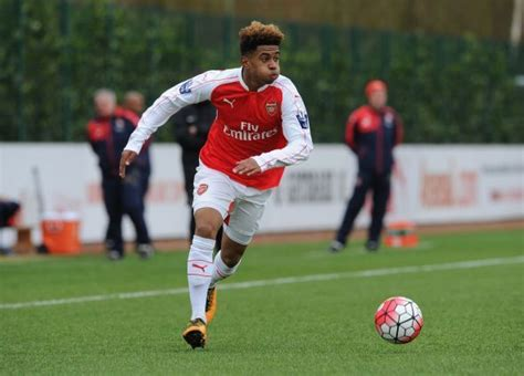 arsenal academy players arsenal youth star signs first professional contract for