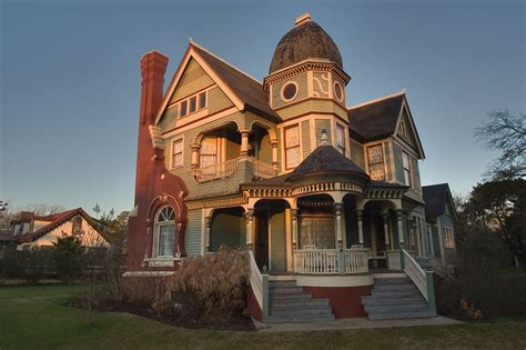 queen anne style home queen anne style house search in pictures