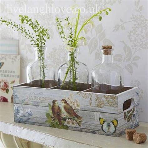 decorar y pintar cajas de madera nuevas ideas para pintar cajas de madera y reutilizarlas