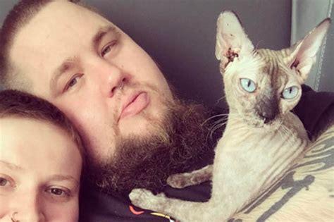 rag n bone man i prefer cuddles with my cat over