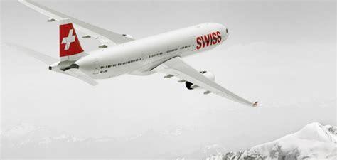 decollo aereo dalla cabina world of swiss cabina di pilotaggio swiss attraversate