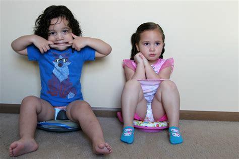 Little Girl Potty Training Boys | little girl potty training boys newhairstylesformen2014 com