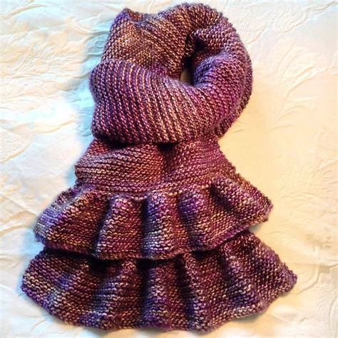 easy knitting pattern ruffle scarf simple short ruffled scarf pattern by bea naretto
