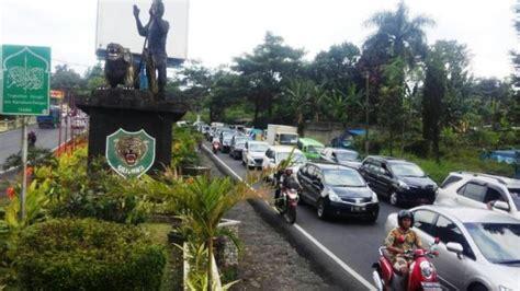 Alarm Motor Di Bogor jatuh di tanjakan selarong bogor dua pengendara motor tewas seketika tribunnewsbogor