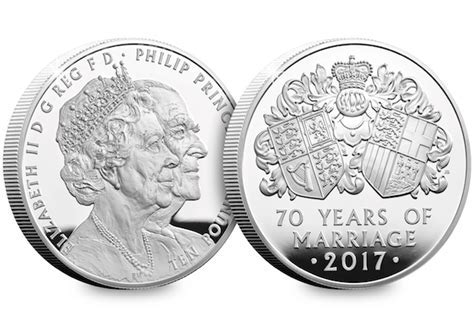 New United Kingdom £5 coin released to celebrate the Queen